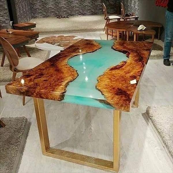 mesa resinada