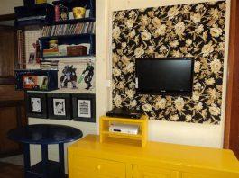 painel de tv de papelão