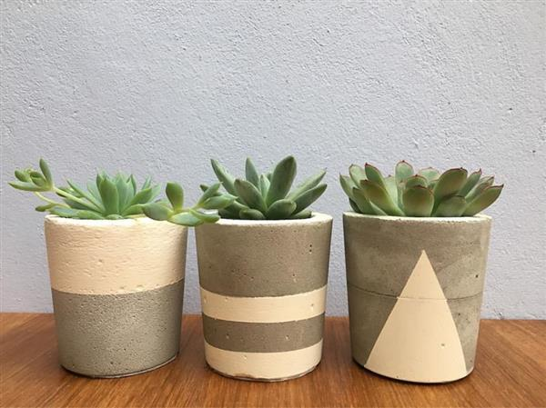 vaso de cimento pequeno