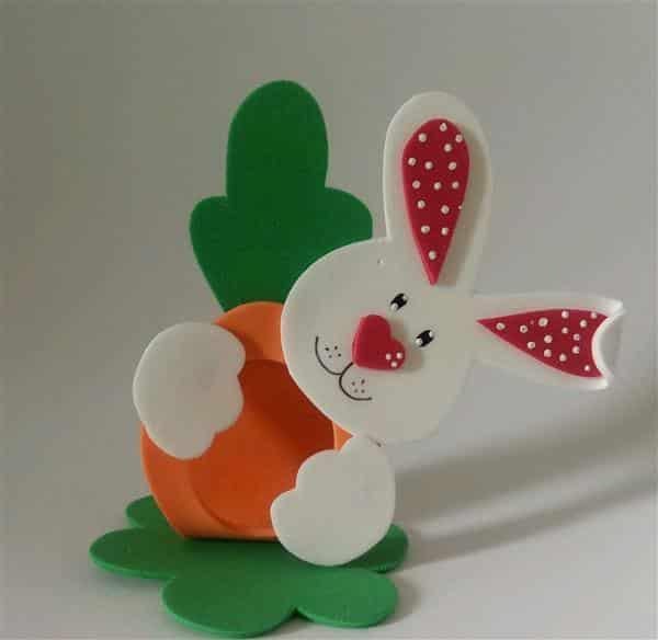 coelho-com-cenoura-porta-bombom-coelho