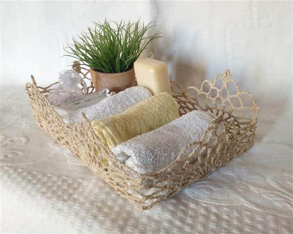 bandeja-cesta-para-lavabo-em-croche-endurecido