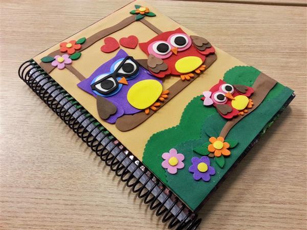 caderno com eva