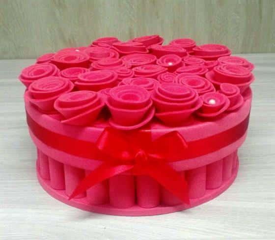 caixa-rosas-em-eva-caixa-com-tampa-em-eva