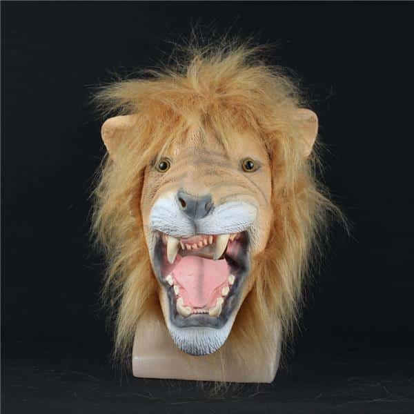 Leão-Máscara-Realista