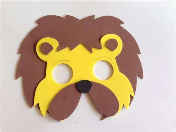 mascara leão EVA