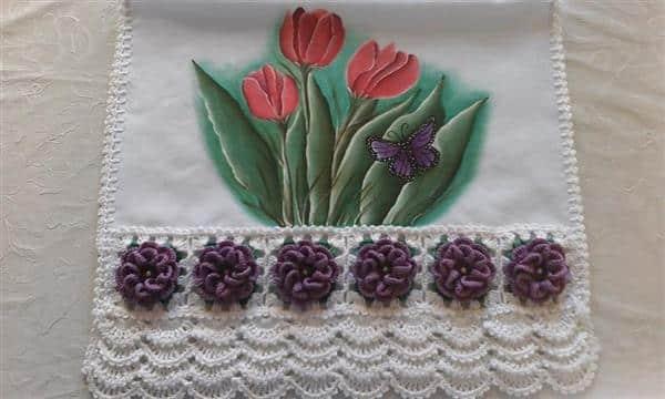 pano-de-prato-com-flores-casa