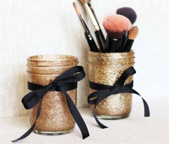 Porta-pincel-de-maquiagem-artesanal-com copo