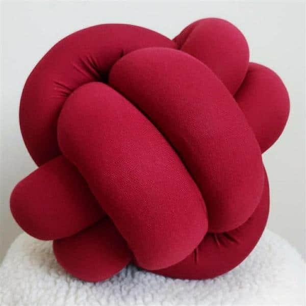 almofada colorida de nó
