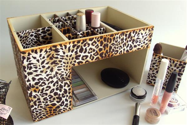 porta-maquiagem-animal-print-onca