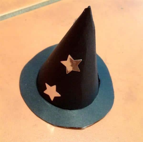 chapeu de bruxa com estrela