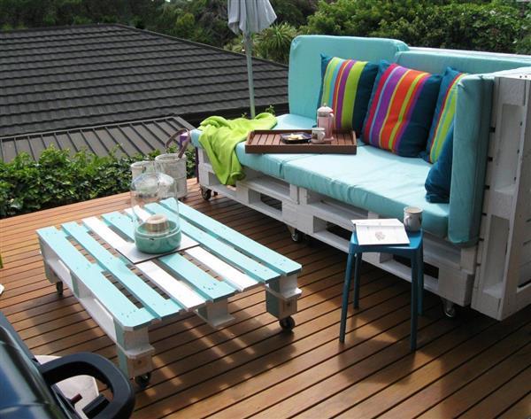 mesa de caixote pintado