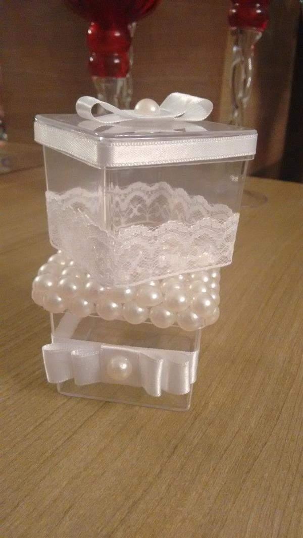 caixa acrilica com renda