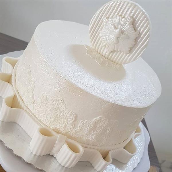 bolo batizado com pasta