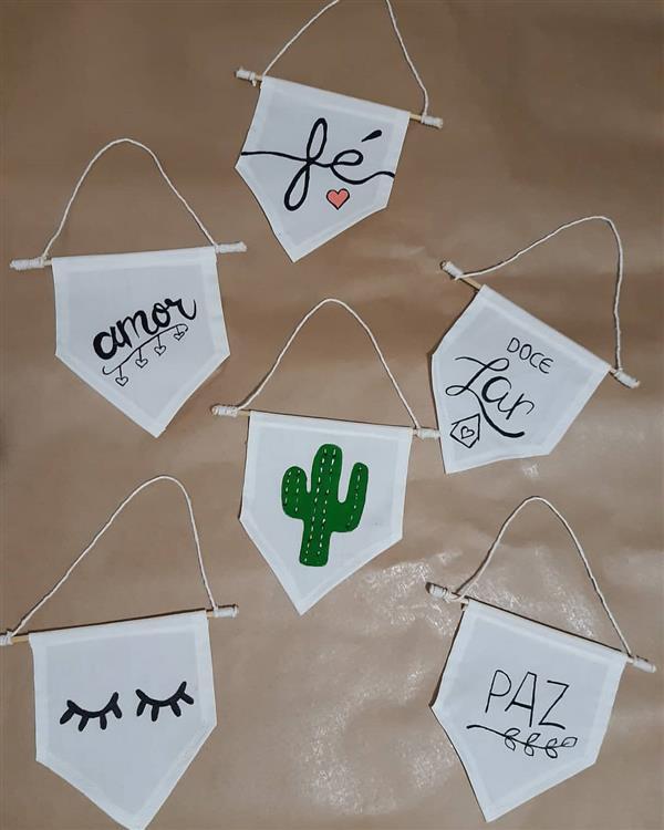 bandeirinha lettering