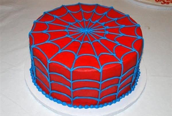 bolo fake com pasta americana