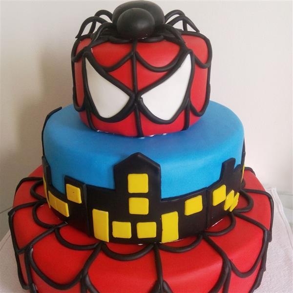 bolo-falso-homem-aranha-bolo-fake