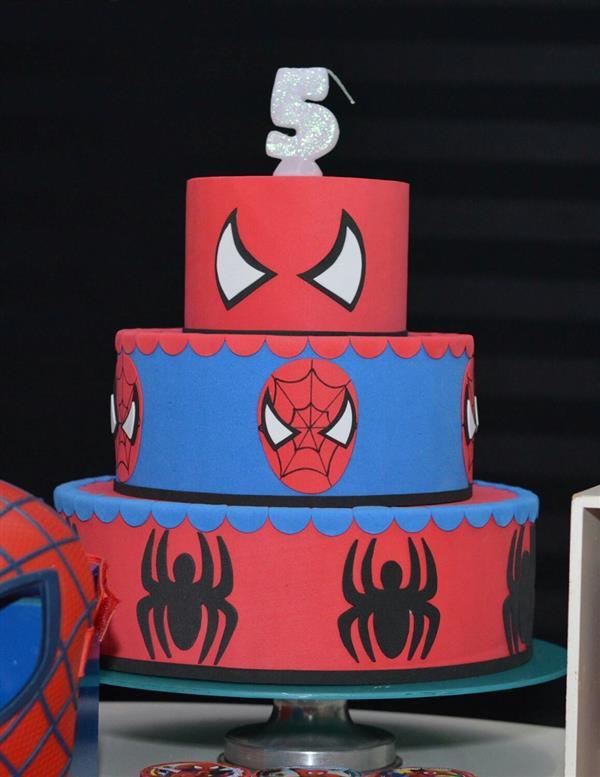 bolo-falso-homem-aranha-eva