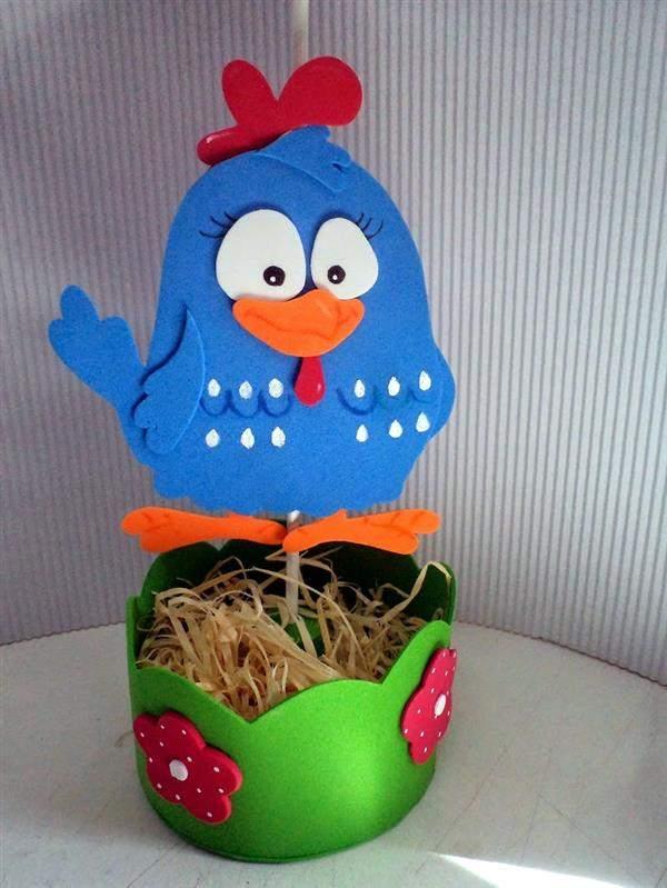 centro de mesa de eva galinha pintadinha