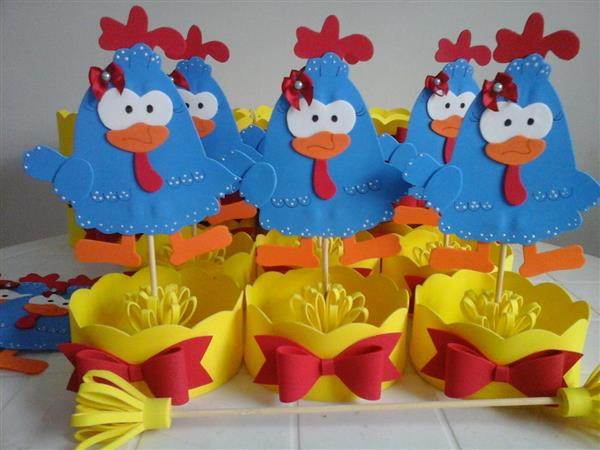 centro-de-mesa-galinha-pintadinha-galinha-pintadinha