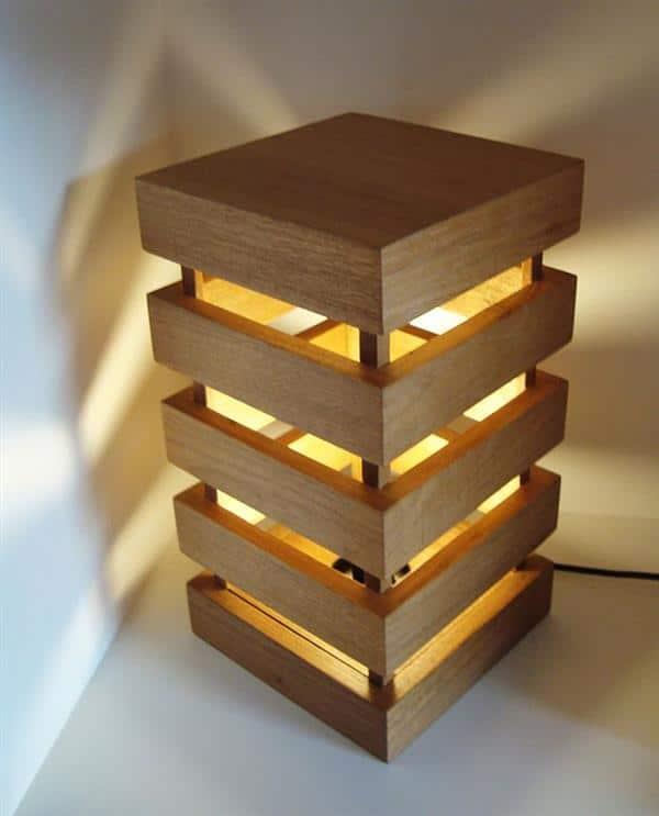 luminária com ripas