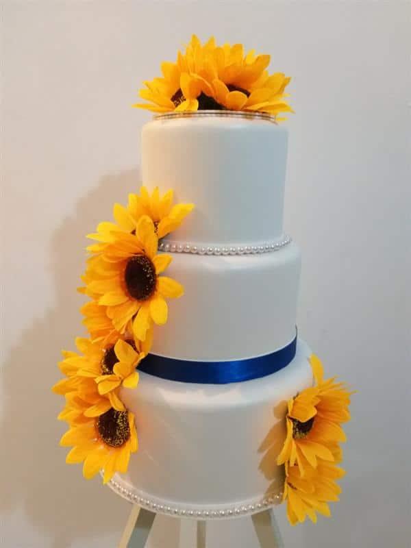 bolo-cenografico-girassol-com flores