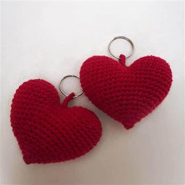 chaveiro-coracao-de-croche-amor
