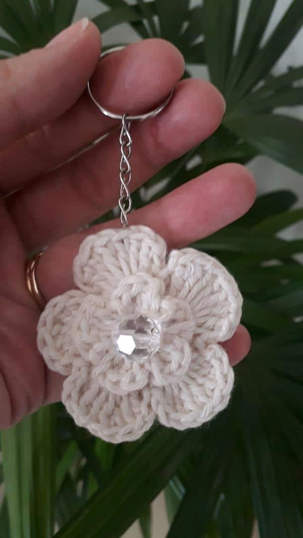 chaveiro-flor-croche