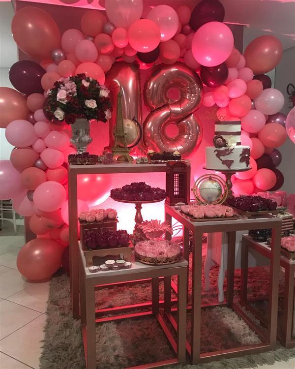 festa-de-18-anos-rosa