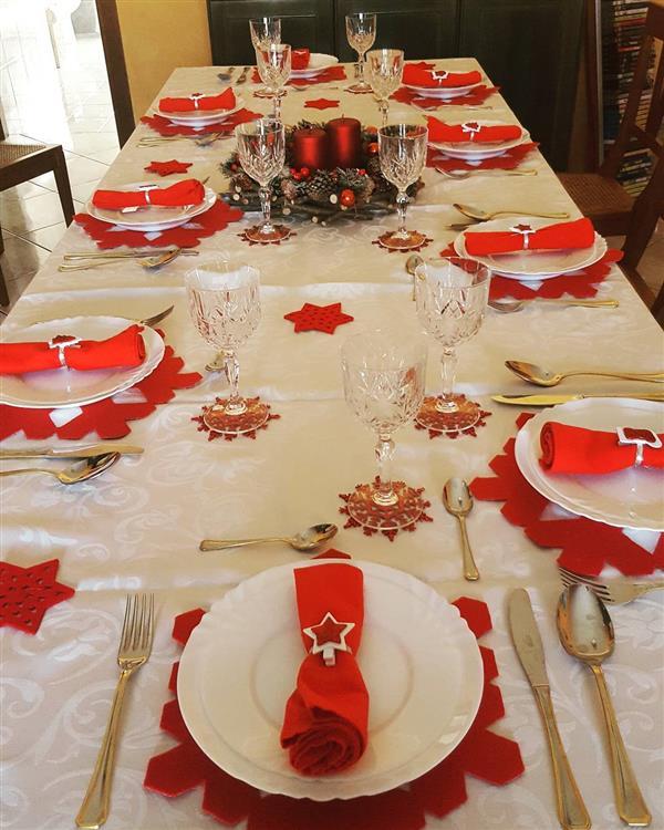 mesa-de-natal-vermelha