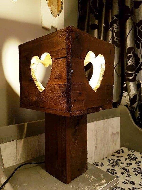 luminaria de madeira coração
