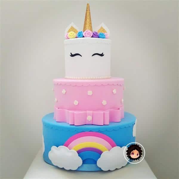 bolo-falso-em-eva-unicornio-bolo-unicornio