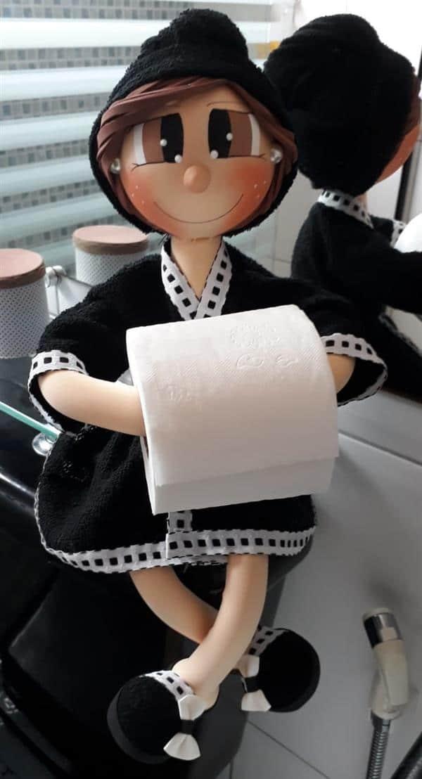 boneca-porta-papel-higienico-em-eva