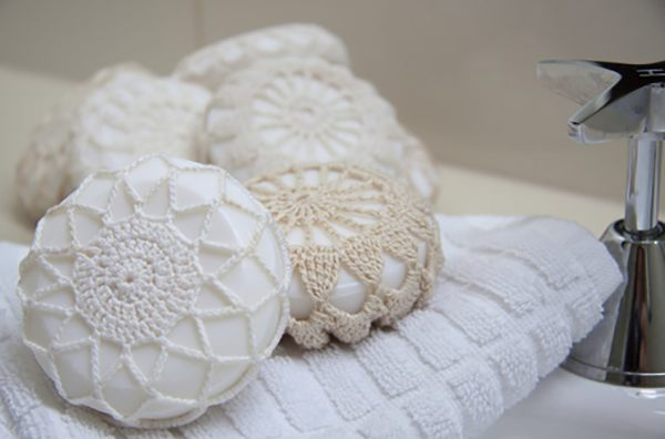decoracao-moderna-com-croche-sache