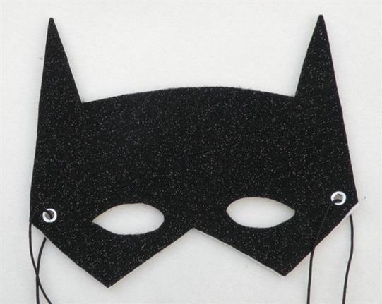 mascara batman com glitter