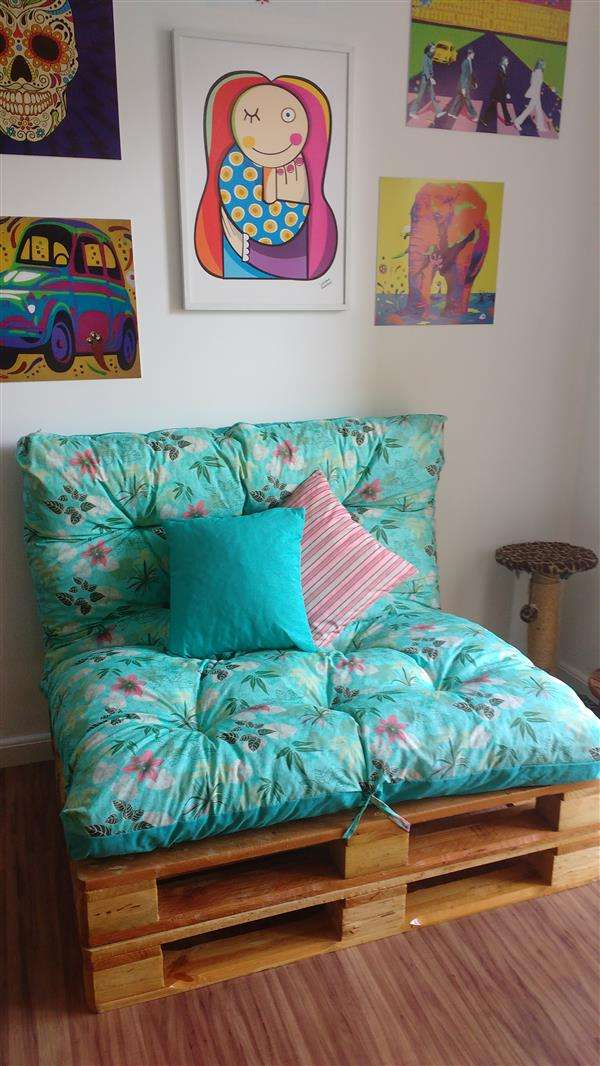 sofa-cama-de-palete-almofadao-futton-rustico