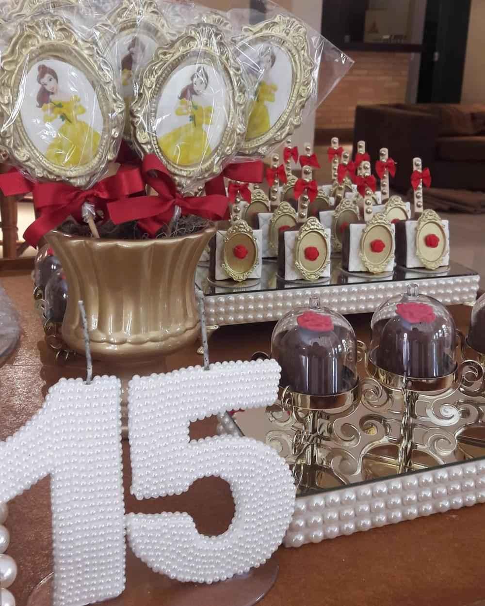 detalhes festa 15 anos