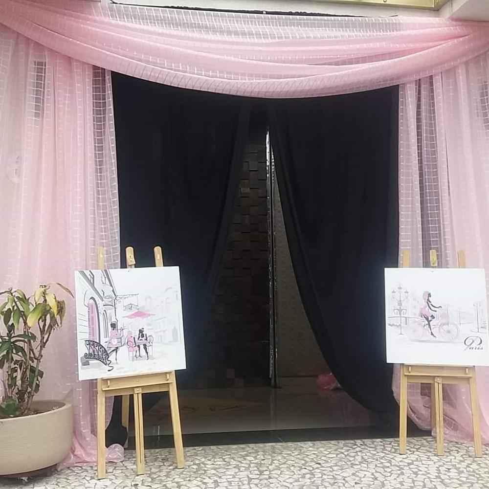 entrada de festa com cortina