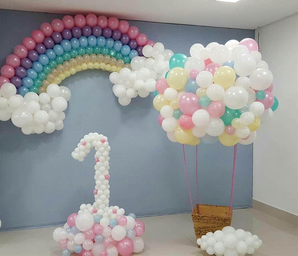 decoração com balões festa chuva de amor