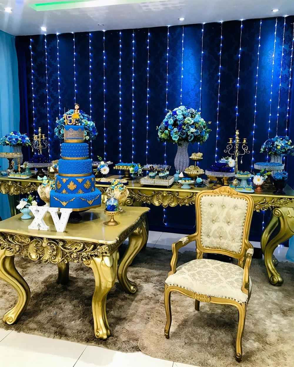 15 anos azul royal