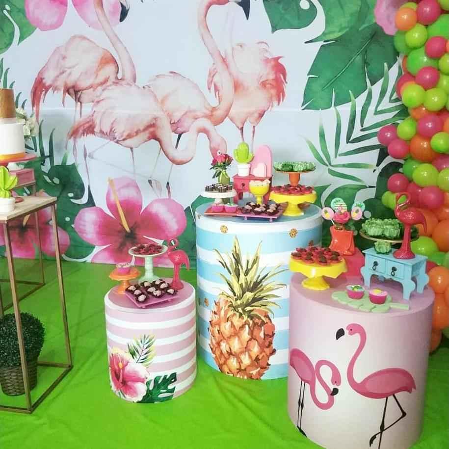 festa tropical com cilindro