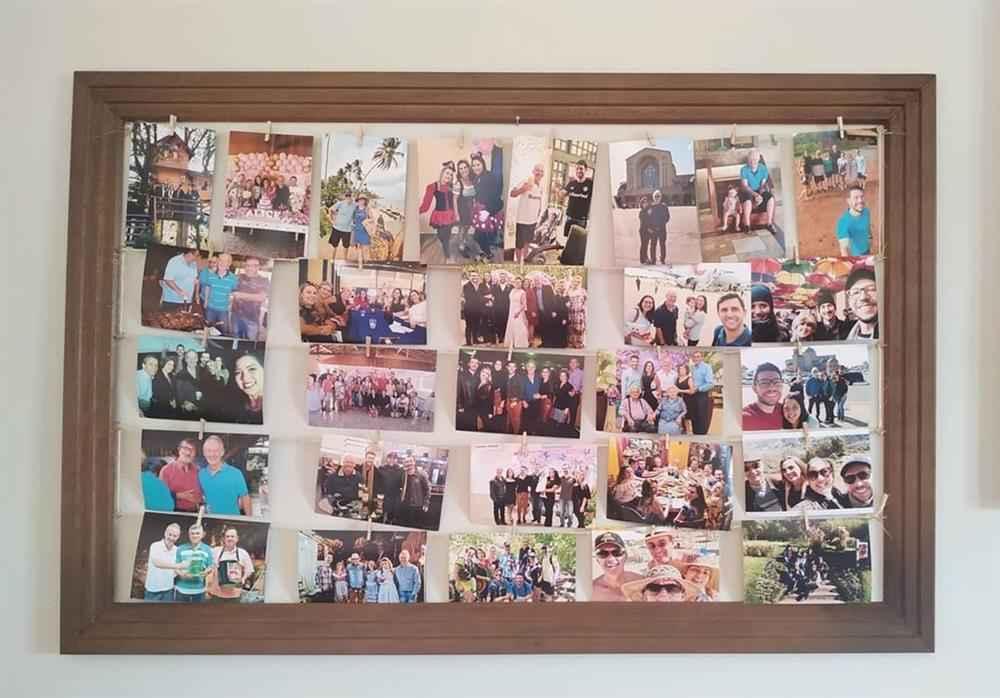 mural de fotos em moldura de quadros