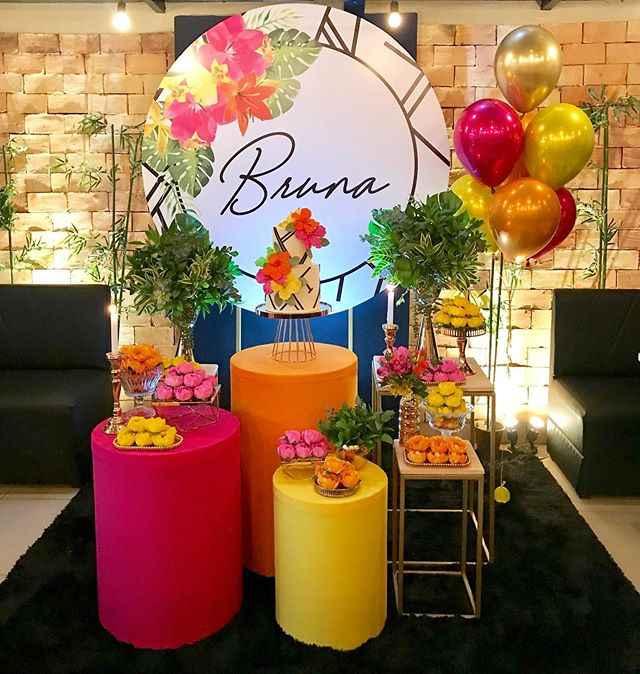 festa floral colorida 15 anos