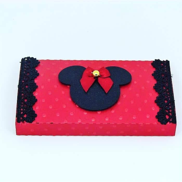 Caixinha de papel personalizada minnie vermelha