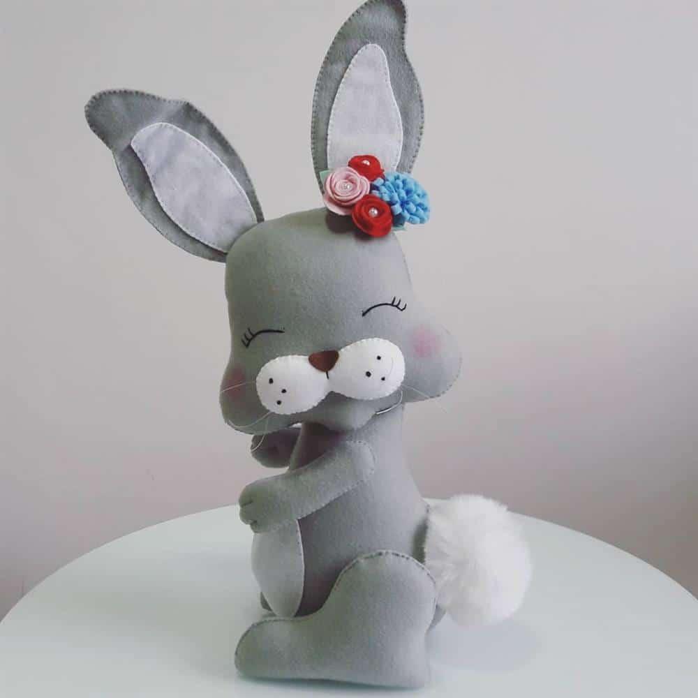 Você poderá decorar seu coelhinhos com flores de diversas cores