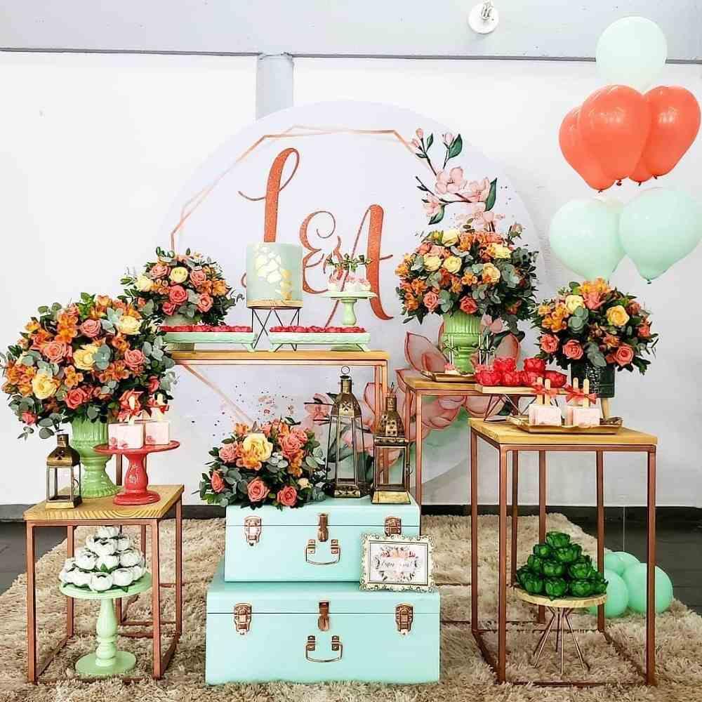 decoração de festa de noivado mine table