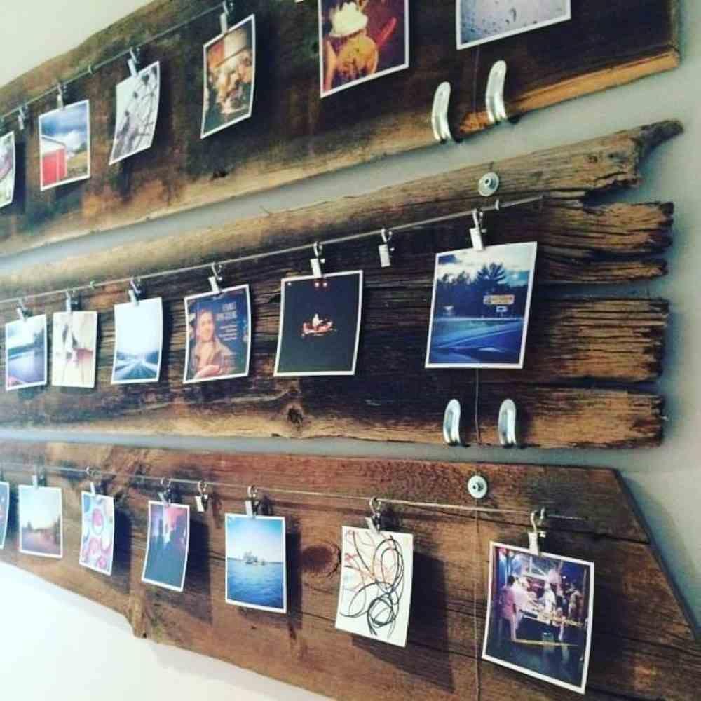 fotos colocadas na madeira