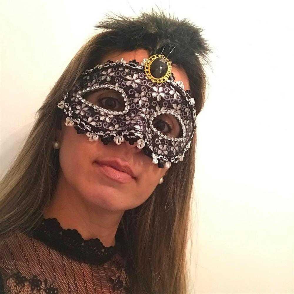 mascara para baile de carnaval