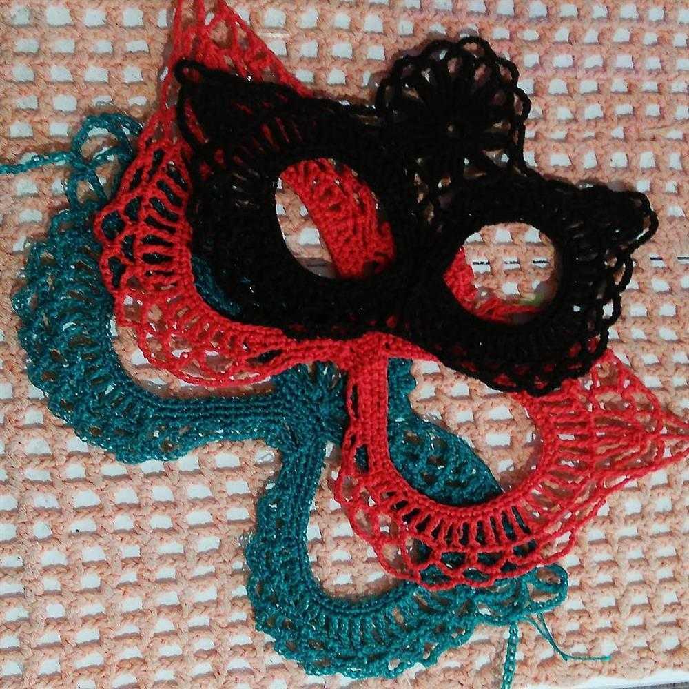mascaras de croche delicadas