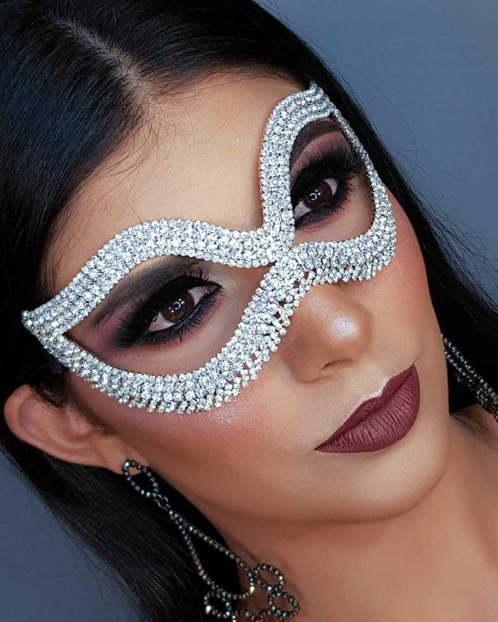 mascara de carnaval em strass