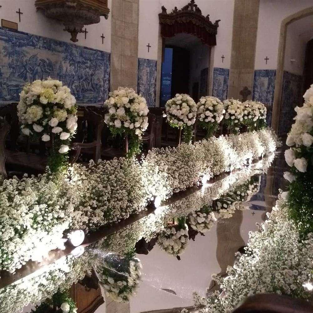 decoração igreja antiga para casamento